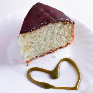 Come-fare-la-torta-allo-yogurt-e-pistacchio