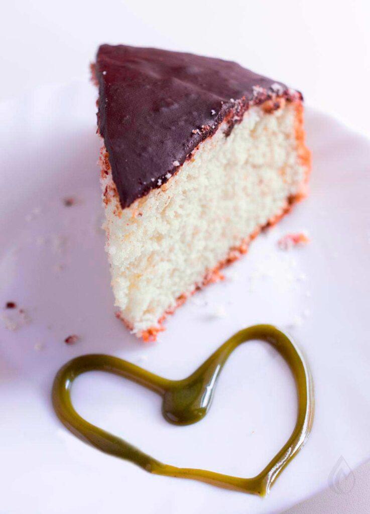 torta-allo-yogurt-e-pistacchio
